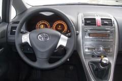 Toyota Auris 3 durvis hečbeka foto attēls 3