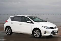 Toyota Auris hečbeka foto attēls 16