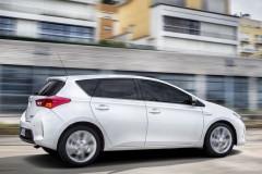Toyota Auris hečbeka foto attēls 3