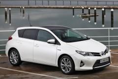 Toyota Auris hečbeka foto attēls 5