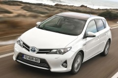 Toyota Auris hečbeka foto attēls 6
