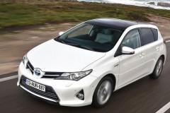 Toyota Auris hečbeka foto attēls 8