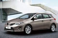 Toyota Auris hečbeka foto attēls 10