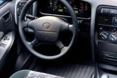 Toyota Avensis T22 hečbeka foto attēls 3
