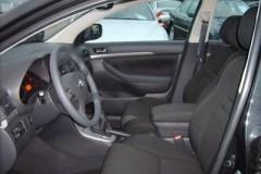 Toyota Avensis T25 hečbeka foto attēls 16