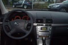 Toyota Avensis T25 hečbeka foto attēls 12