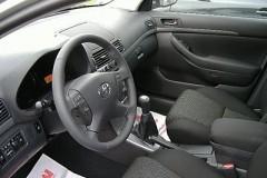 Toyota Avensis T25 hečbeka foto attēls 11