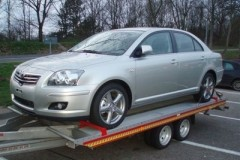 Toyota Avensis sedan photo image 20