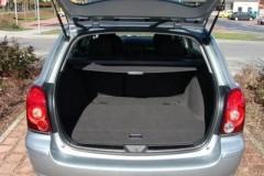 Toyota Avensis Wagon T25 estate car photo image 3