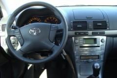 Toyota Avensis Wagon T25 estate car photo image 5