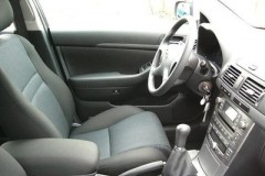 Toyota Avensis Wagon T25 estate car photo image 9