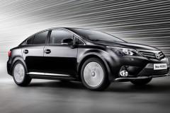 Toyota Avensis sedana foto attēls 10
