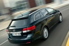 Toyota Avensis universāla foto attēls 2