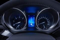 Toyota Avensis sedana foto attēls 19