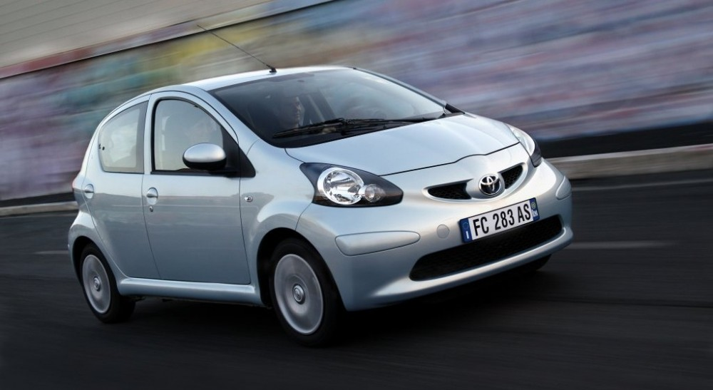 Toyota Aygo Hatchback 2005 2009 Reviews Technical Data Prices