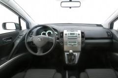 Toyota Corolla Verso minivan photo image 8