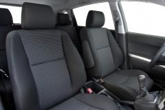Toyota Corolla Verso minivan photo image 12