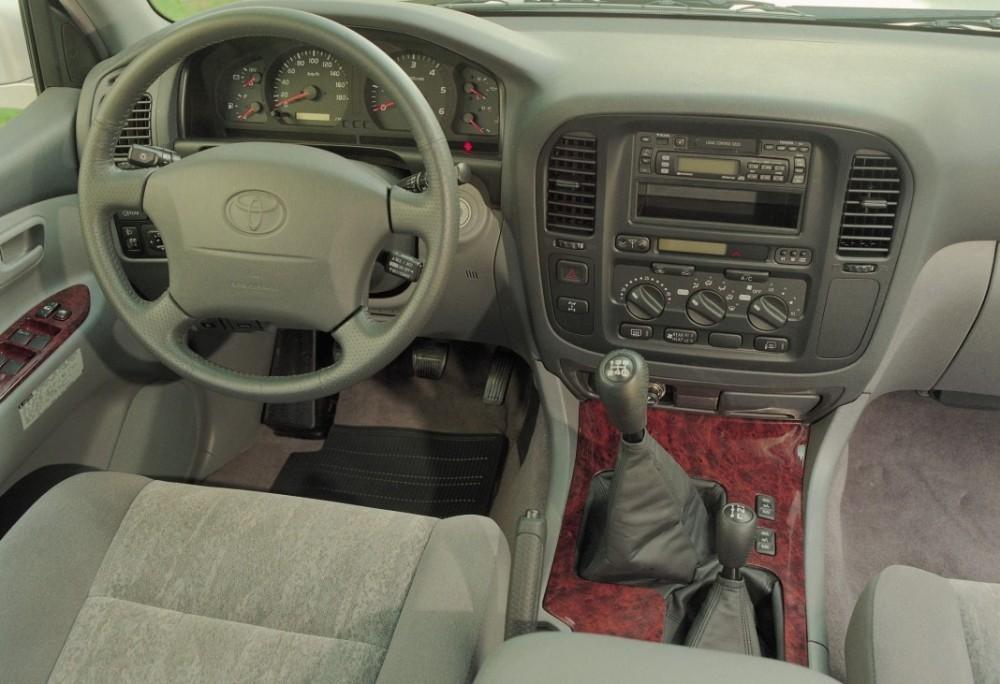 toyota land cruiser 1998 2002 reviews technical data prices rh auto abc eu 97 Land Cruiser 95 Land Cruiser