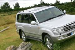 Toyota Land Cruiser foto attēls 2