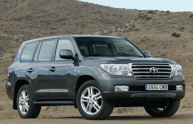 toyota land cruiser 2007 2012 reviews technical data prices rh auto abc eu 2017 Toyota Land Cruiser 2006 Toyota Land Cruiser