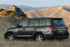 Toyota Land Cruiser foto 8
