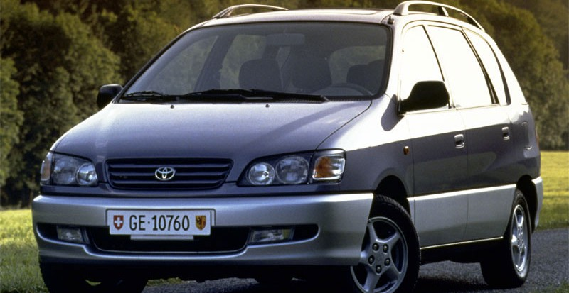 Toyota Picnic 1996 foto