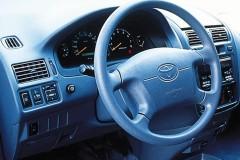 Toyota Picnic minivan foto 4