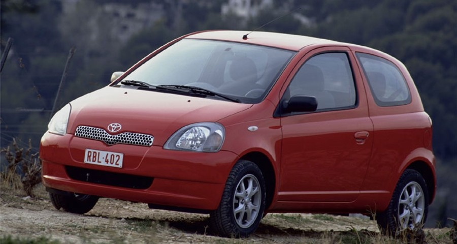 toyota yaris 3 door hatchback 1999 2003 reviews technical data prices. Black Bedroom Furniture Sets. Home Design Ideas