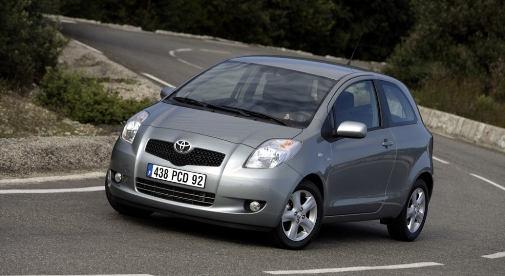 Toyota Yaris 2005 Photo Image