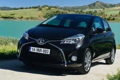 Toyota Yaris hečbeka foto attēls 11