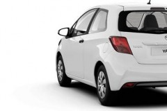 Toyota Yaris 3 durvis hečbeka foto attēls 7