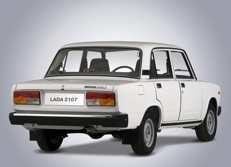 VAZ 2107 sedan photo image 1
