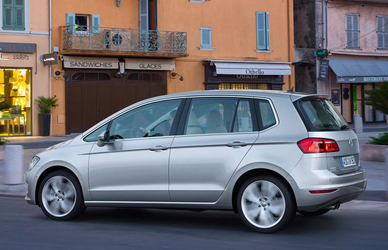 Volkswagen Golf Sportsvan Reviews Technical Data Prices