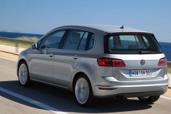 Volkswagen Golf Sportsvan minivan foto 10