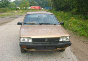 Volkswagen Passat 1985 foto