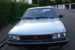 Volkswagen Passat hatchback foto 2