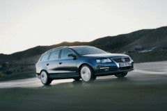 Volkswagen Passat Variant universāla foto attēls 16