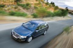 Volkswagen Passat Variant universāla foto attēls 8