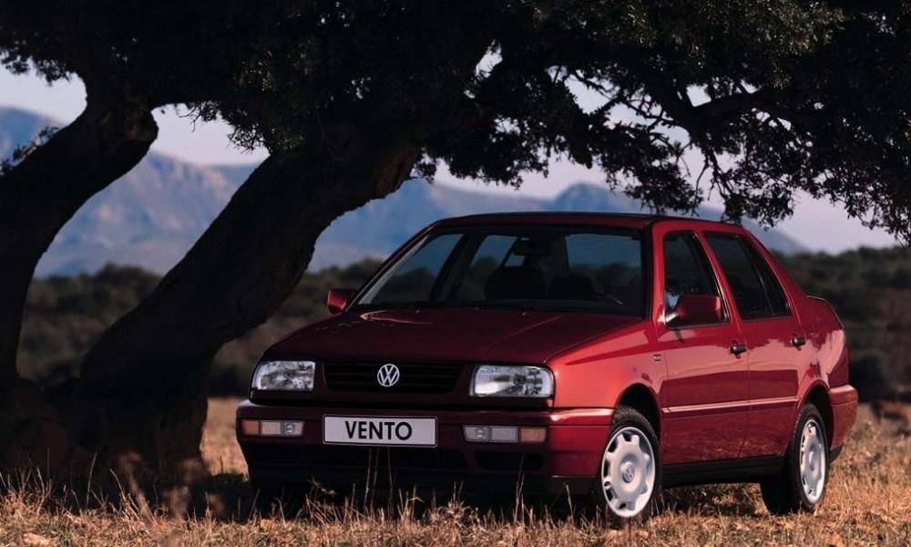Volkswagen Vento 1992 foto attēls