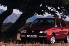 Volkswagen Vento sedana foto attēls 1