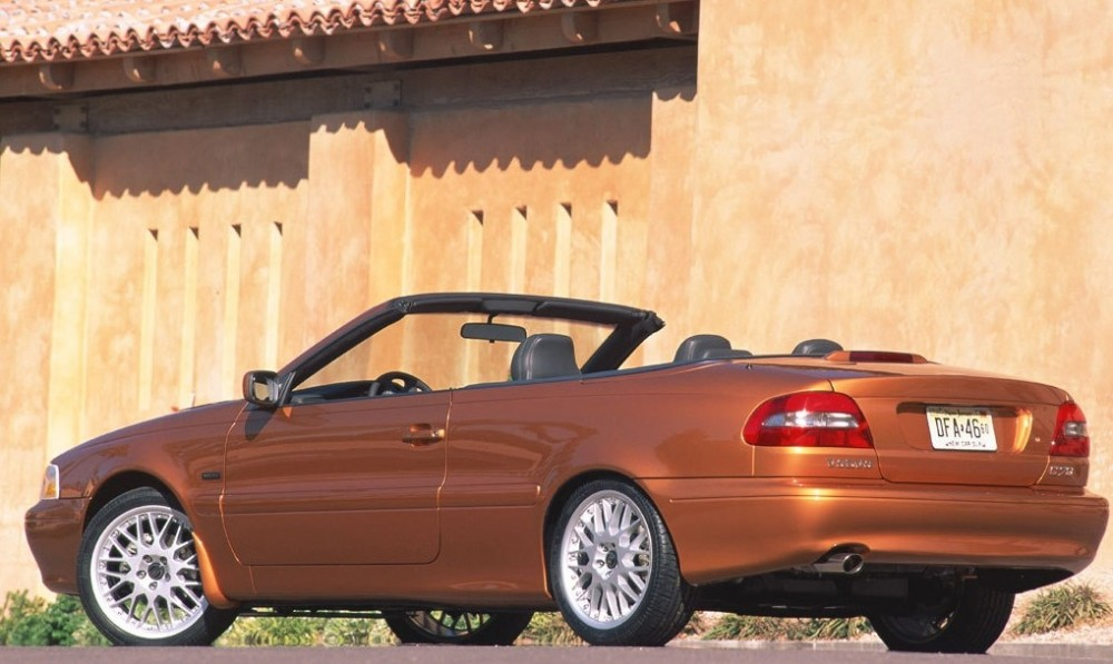 volvo c70 cabrio 1999 2005 reviews technical data prices. Black Bedroom Furniture Sets. Home Design Ideas