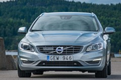 Volvo V60 universāla foto attēls 17