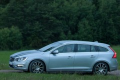 Volvo V60 universāla foto attēls 6