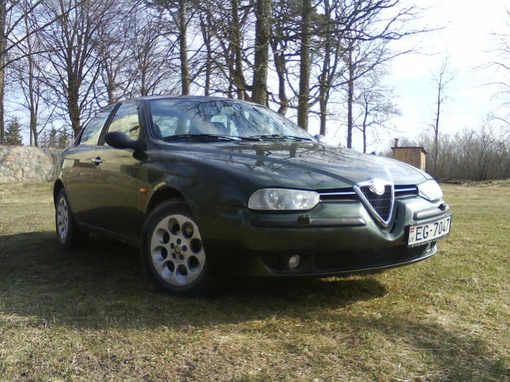 Alfa Romeo 156 reviews