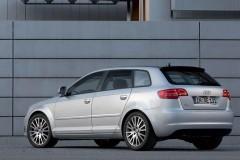 Audi A3 Sportback 8PA hečbeka foto attēls 1
