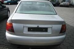 Audi A4 sedana foto attēls 10