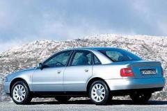 Audi A4 sedana foto attēls 4