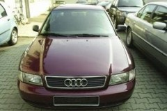 Audi A4 Avant universāla foto attēls 10