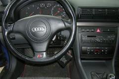 Audi A4 sedana foto attēls 9