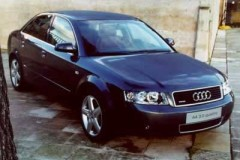 Audi A4 sedana foto attēls 6